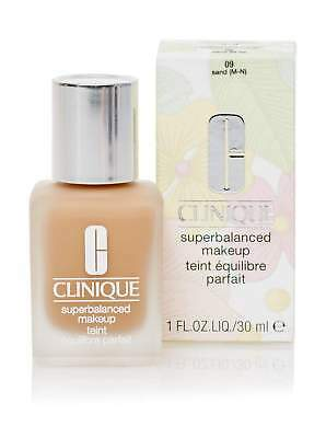 Clinique - Superbalanced Makeup 09 Sand 30 Ml.   Brand New   Free Delivery