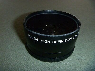 DIGITAL CONCEPTS High Definition 0.5x Wide Angle Lens W/ Macro (Includes Pouch)