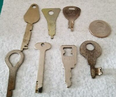 Vintage Luggage/Cabinet Keys Lot Of 7 Flat Keys