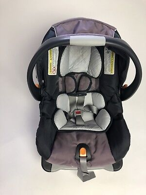 Chicco Keyfit 30 car seat and Base Exp.12/ 2021 and 02/2022 Excellent condition