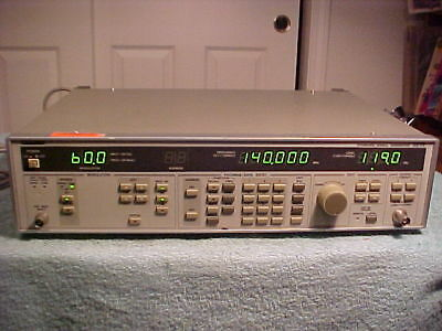 Leader 3215 Standard Signal Generator .1 - 140 MHz - Works very well.