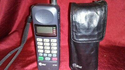 AT&T Cell Phone Vintage & ATT LEATHER CASE -MODEL3730A Type THA-95A 1990s 1996