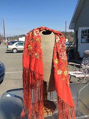 Vintage Red Floral Piano Shawl
