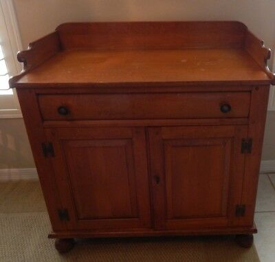 Maple Server made by Willett- Lancaster County-Solid Maple