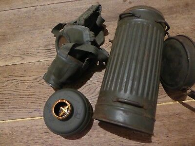 Ww2 German Gas Mask With All Markings !-Still In The Canister Super Rare Find!!