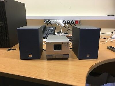 Sony HCD-T1 Tuner/CD Player  midi hifi compact stereo  active speakers & Remote