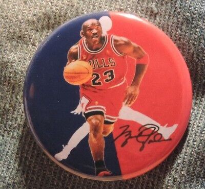 Pin Button Badge Ø38mm  MICHAEL JORDAN 23 Chicago bulls ( 8 )
