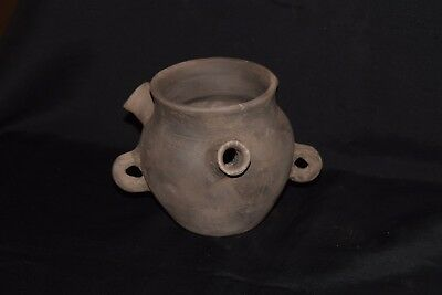 Pottery Very rear Neolitic Ritual vessel circa 2200 BC - museum quality