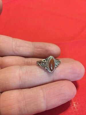 Metal Detecting Finds..Beautiful Vintage Solid Silver Fully Hallmarked Ring