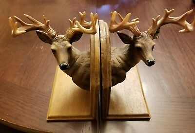 Whitetail Deer Statue Bookends