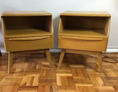 VntG Harder 2 Find Matching Eyelid DrawerHeywood Wakefield Night-End Table