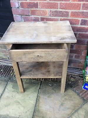 Antique pine wash stand, one draw