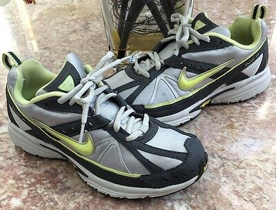 Nike Women's Silver/Black/Green Athletic Running Shoes Size 8 318801-032
