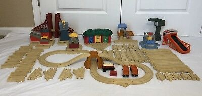 THOMAS & FRIENDS Deluxe Roundhouse Set Interactive Learning Railway ...