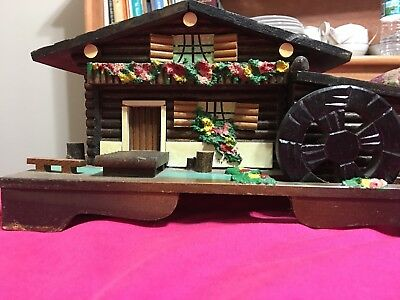 Vintage BLACK FOREST SWISS CHALET MUSIC BOX / JEWELRY BOX Hand Painted