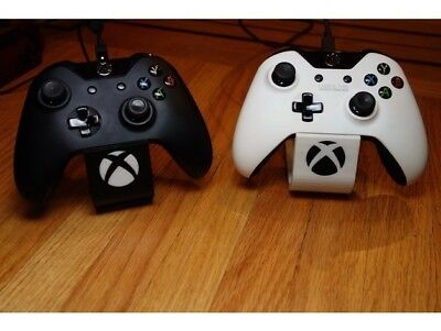 Xbox One Controller Stand for gamers. Controller Holder. Xbox Controller Display