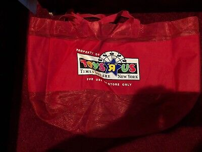 toys r us Times square store new york exclusive red mesh shopping tote bag