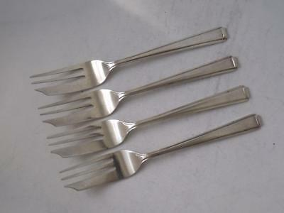 Matching Set of 4 Solid Sterling Silver Cake/ Pastry Forks 1966 & 1969/ 85 g