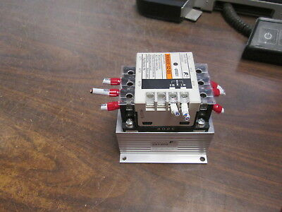 Fuji Electric Solid State Contactor SS302E-3Z-D3 5-24VDC Coil 30A 240V 50/60Hz