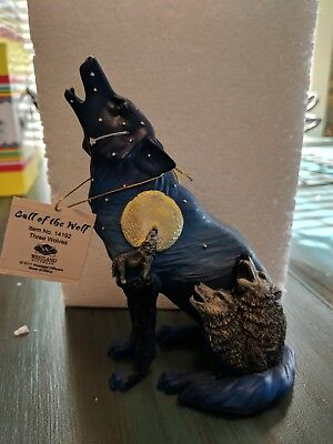 """Westland Call of the Wolf """"Three Wolves"""" 2011 Item #14192. New w/tags and box"""