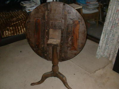 George 3Rd Round Top Table, With Snap Latch & Tripod Legs , Needs Lots Of Tlc