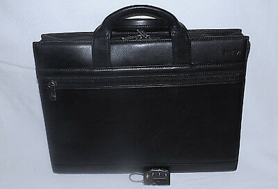TUMI 100% Genuine Leather Business portfolio/briefcase-Black-New!SOLD AS-IS-Nice