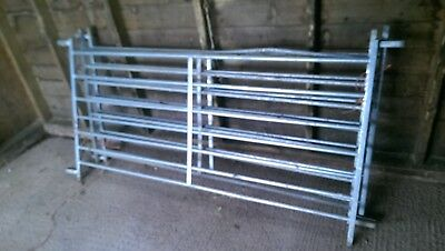 Galvanised metal sheep hurdles 3' x 6'