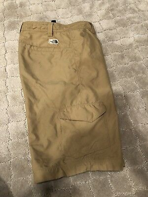 The North Face Boys XL 18 20 Khaki Shorts With Built In Belt