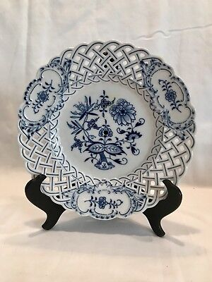 "Antique Vintage MEISSEN Blue Onion Floral Reticulated Woven 9.5"" Plate"