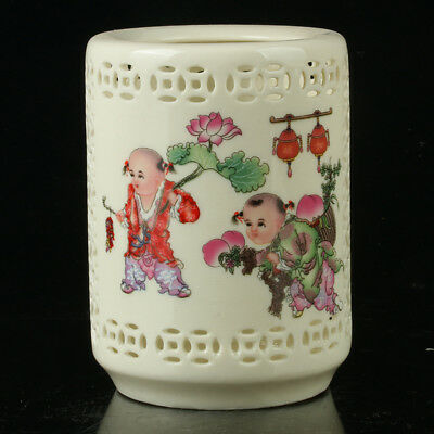 Chinese Porcelain Hand-Painted Pen Container Collection