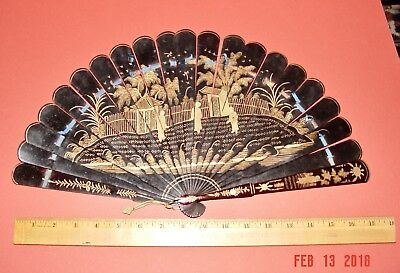Antique 19th Century Chinese export black/gold LACQUERED BRISÈ FAN w display BOX