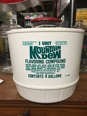VINTAGE MOUNTAIN DEW FLAVORING / SYRUP BUCKET 1981 Sign Bottle Thermometer