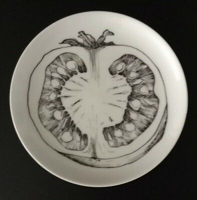 H& C Heinrich Selb Bavaria Germany Tomato Vegetable Salad Plate White & Black+++