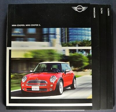 2006 Mini Cooper 92pg Catalog Sales Brochure S Excellent Original 06