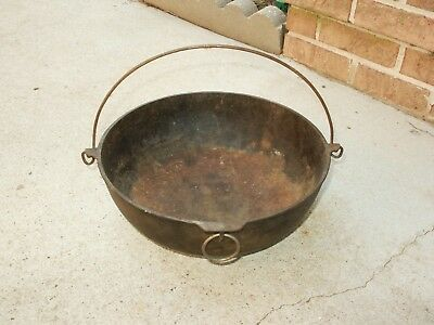 Vintage Erie 782, N0. 4 Scotch Bowl Cast Iron Kettle with Handle