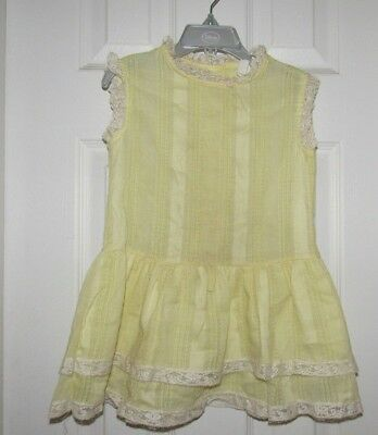 True Vintage SEARS Size 5 Pastel Yellow Perma-Prest Short Sleeve Dress With Lace