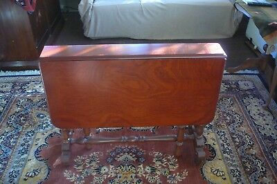 Cedar Sutherland Table- top 99x92 cm when open, as new condition