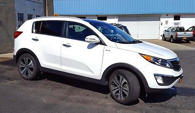 2013 Kia Sportage EX Fully Loaded & Beautifully Maintained 2013 Kia Sportage **Low Mileage**