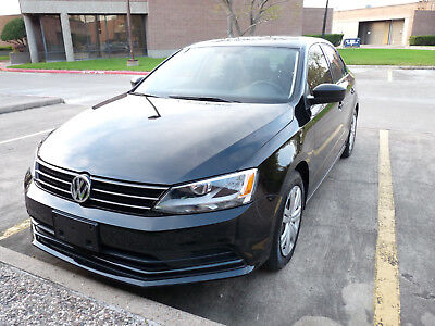 2015 Volkswagen Jetta 4dr S TECH 2015 Volkswagen Jetta Sedan S TECH 5 speed manual 1 owner clean