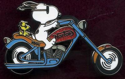 snoopy  on motorcylce pin British Norton Motorcycle Company WOODSTOCK red tank