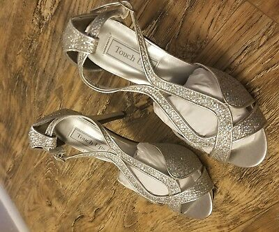 Touch up  Silver Glitter Shoes Style  Benjamin Walk brand new