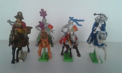 4 Vintage Knights. 3 Britains Deetail & 1 other. With weapons.