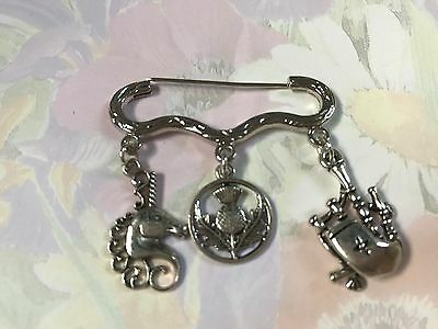 STUNNING SCOTLAND Silver Tone Kilt Pin Brooch Thistle Bag Pipe Unicorn gift bag