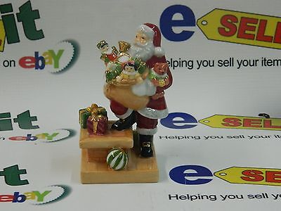 Royal Doulton Roof Top Santa Holiday traditions Miniatures HN4714 BOX &COA