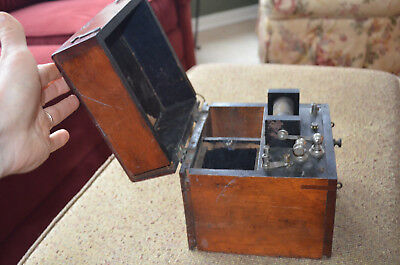 Quack Medical Device - Probably A Mcintosh Medical Battery But Not Sure