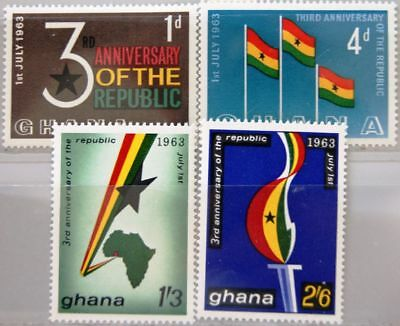 GHANA 1963 149-52 143-46 3rd Ann Republic 3 Jahre Republik Flaggen Karte Map MNH