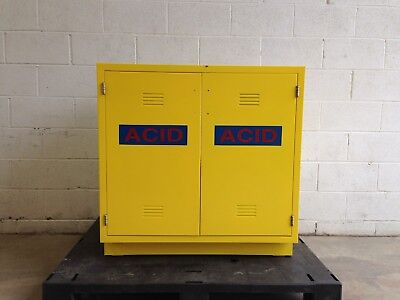 Amana Contracting Undercounter Corrosive/acid Chemical Storage Cabinet