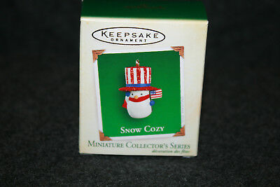 "2005 Hallmark Keepsake Miniature Ornament ""SNOW COZY"" 4th in the series"