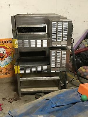 Lincoln-Impinger-1116-Double-Deck-Stack-Pizza-Oven-Gas-000-A