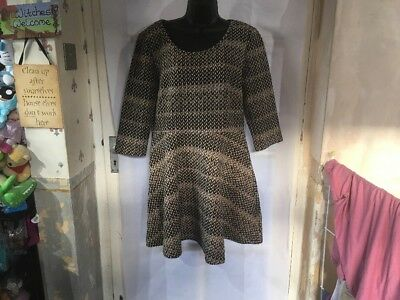 Lavand Ladies Skater Dress Size Large, Brand New Without Tags, Lovely Design.